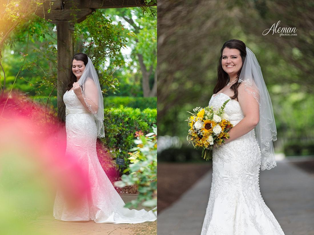 dallas-arboretum-bridals-wedding-dress-portraits-outdoor-aleman-photos-beca002