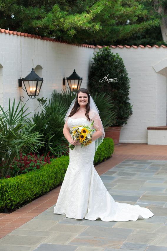 dallas-arboretum-bridals-wedding-dress-portraits-outdoor-aleman-photos-beca005