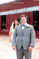 gilleys-dallas-wedding-aleman-photos-becca-jared-steel-city-pops-st.thomas-aquinas-church-sunflowers-black-dridesmaids-dresses-downtown-skyline011