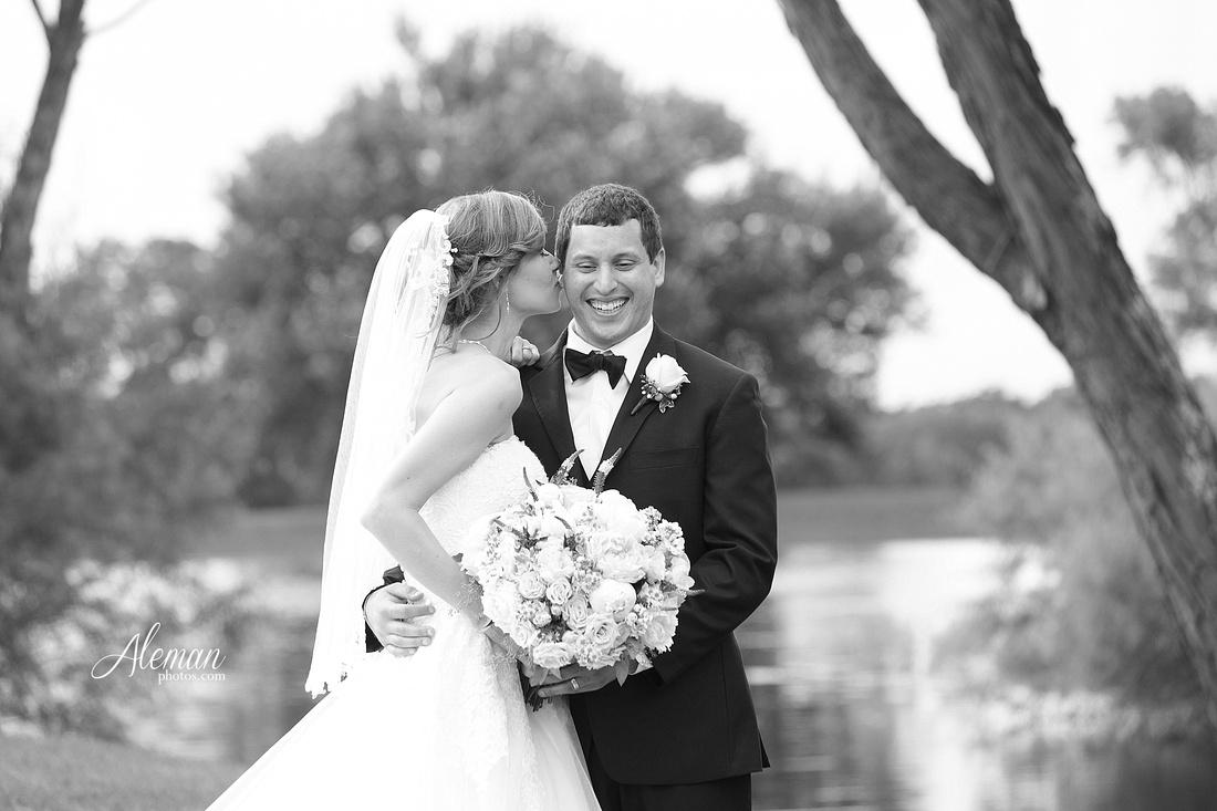 willowood-wedding-bells-dallas-texas-aleman-photos-sarah-michael-cardone042