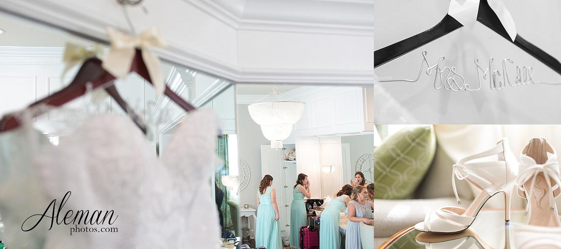 milestone-mansion-wedding-photographer-tiffany-blue-casino-tables-poker-travel-theme-aleman-photos 008