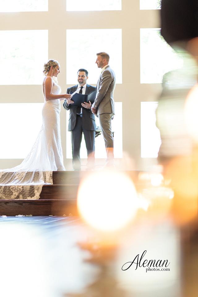 milestone-mansion-wedding-photographer-tiffany-blue-casino-tables-poker-travel-theme-aleman-photos 031