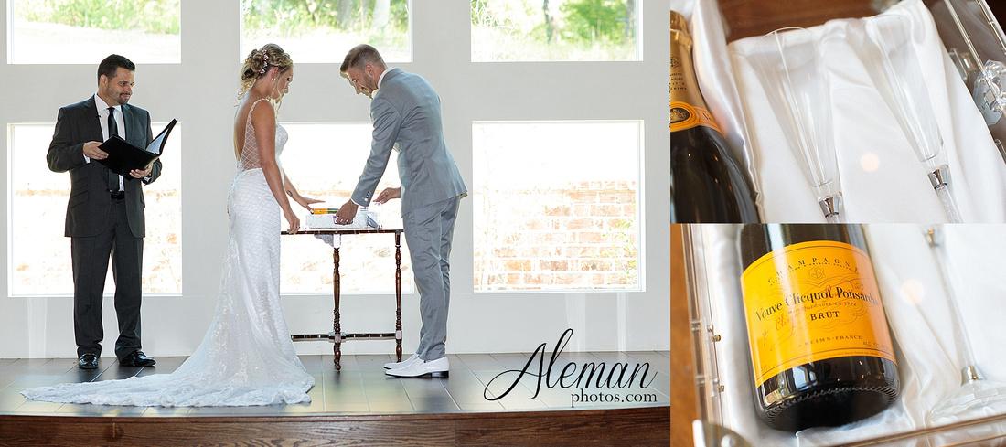 milestone-mansion-wedding-photographer-tiffany-blue-casino-tables-poker-travel-theme-aleman-photos 033