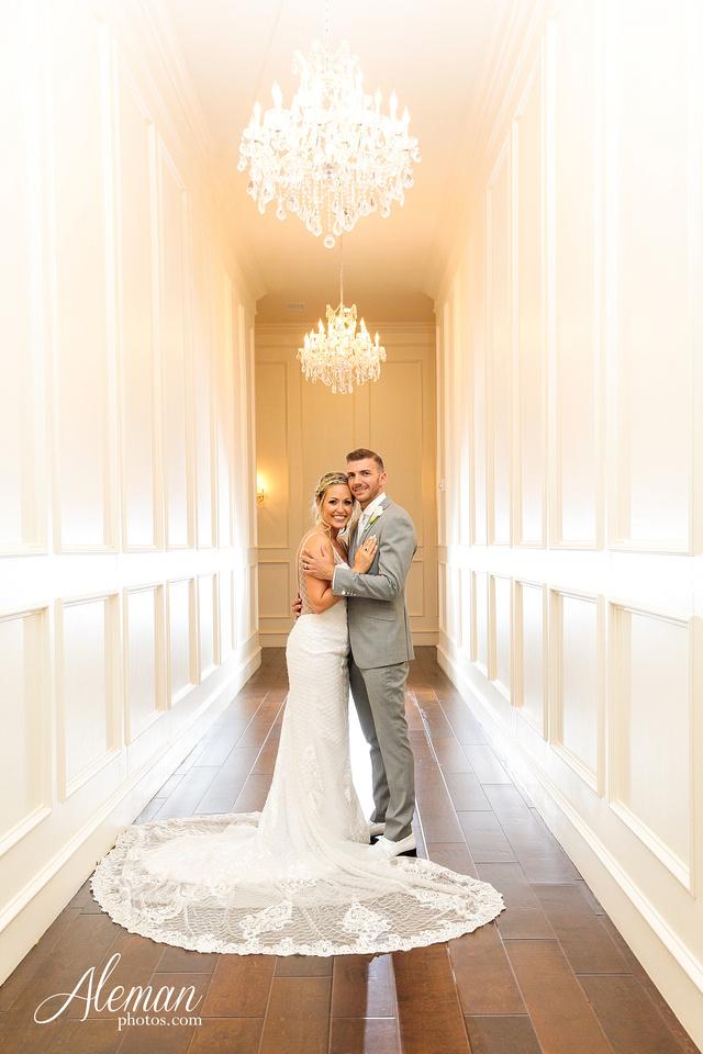 milestone-mansion-wedding-photographer-tiffany-blue-casino-tables-poker-travel-theme-aleman-photos 046