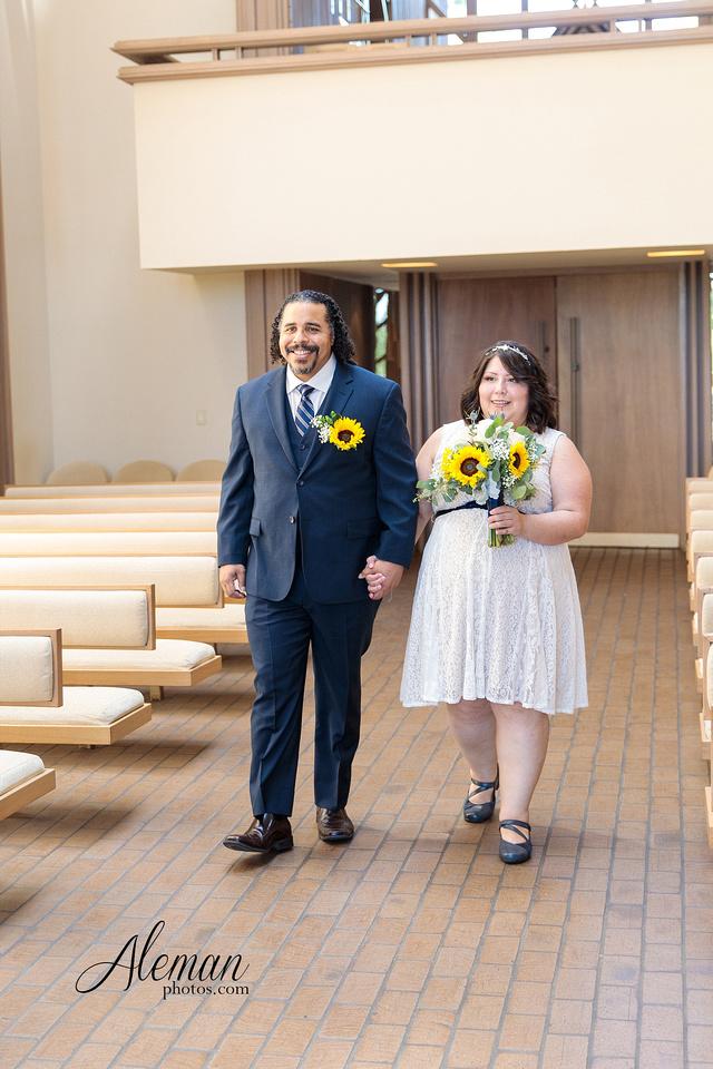 marty-leonard-chapel-wedding-elopement-fort-worth-dallas-photographer-aleman-photos-noe 004