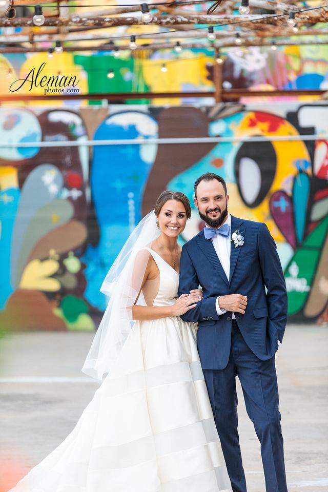 brik-wedding-fort-ft-worth-industrial-modern-brick-aleman-photos-amy-garret 03