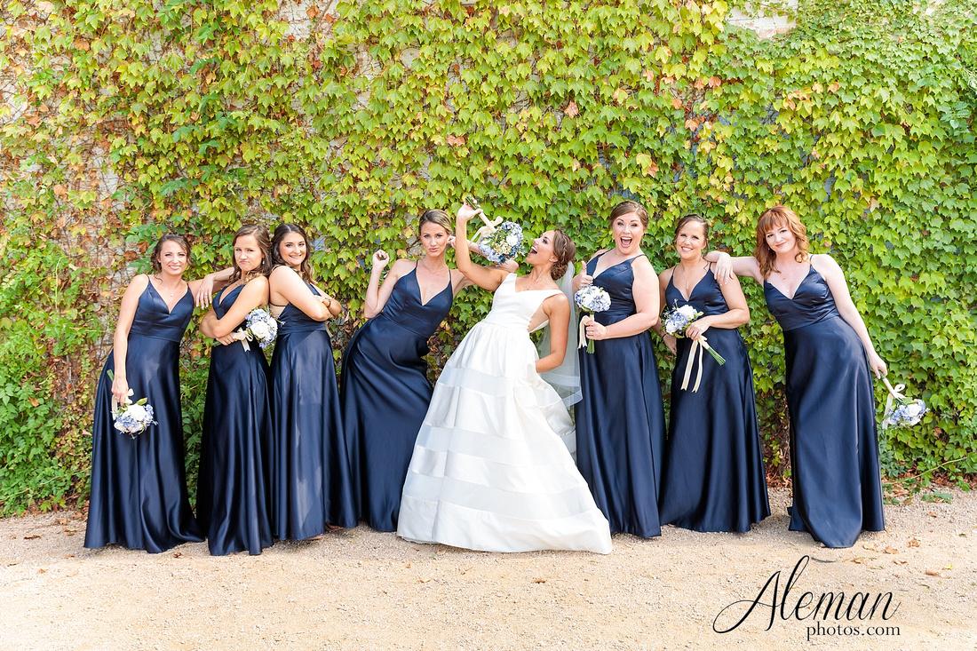 brik-wedding-fort-ft-worth-industrial-modern-brick-aleman-photos-amy-garret 26