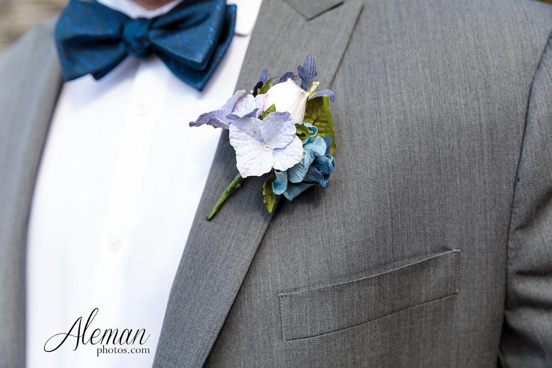 brik-wedding-fort-ft-worth-industrial-modern-brick-aleman-photos-amy-garret 27