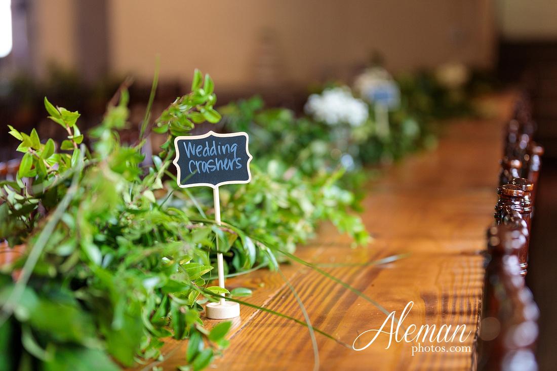 brik-wedding-fort-ft-worth-industrial-modern-brick-aleman-photos-amy-garret 55