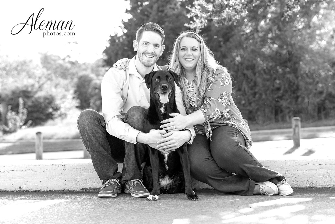 dallas-arboretum-engagement-dogs-pet-white-rock-lake-aleman-photos -001