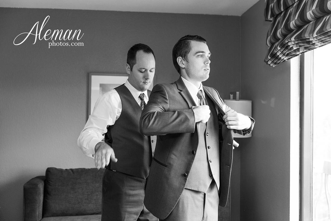 milestone-mansion-wedding-aubrey-refined-romance-aleman-photos-gianela-taylor-030
