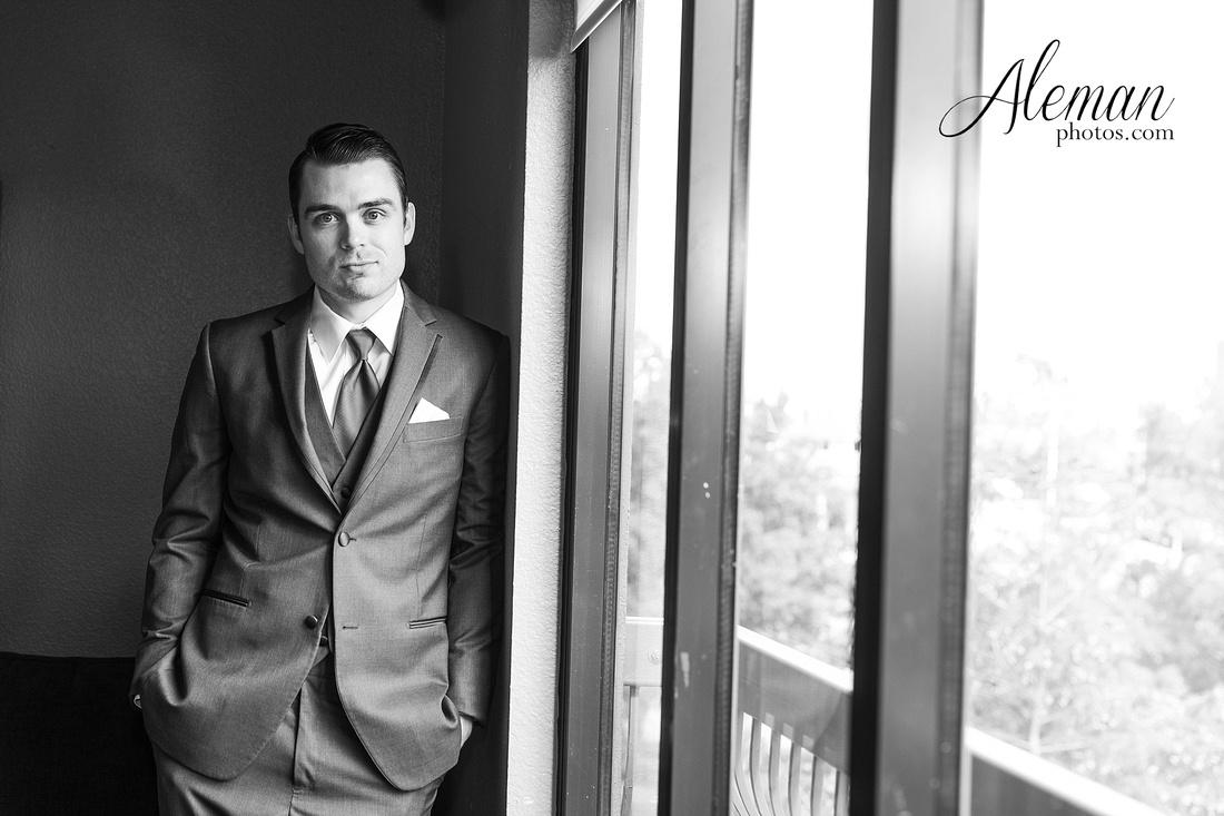 milestone-mansion-wedding-aubrey-refined-romance-aleman-photos-gianela-taylor-032