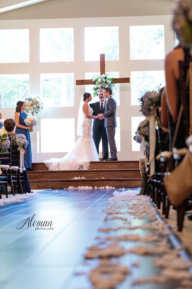 milestone-mansion-wedding-aubrey-refined-romance-aleman-photos-gianela-taylor-045