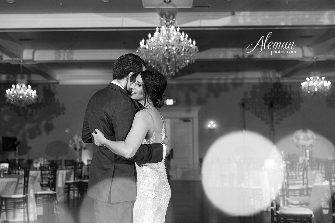 milestone-mansion-wedding-aubrey-refined-romance-aleman-photos-gianela-taylor-078