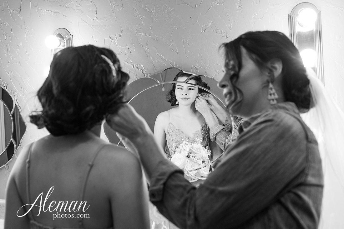 harmony-chapel-aubrey-denton-wedding-aleman-photos-jacob-lupita-005