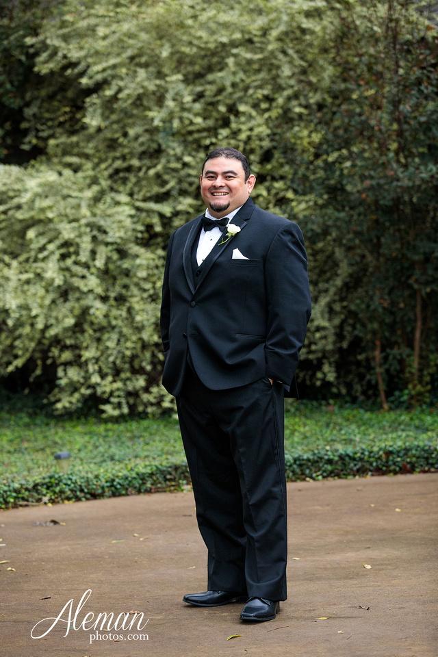 harmony-chapel-aubrey-denton-wedding-aleman-photos-jacob-lupita-020