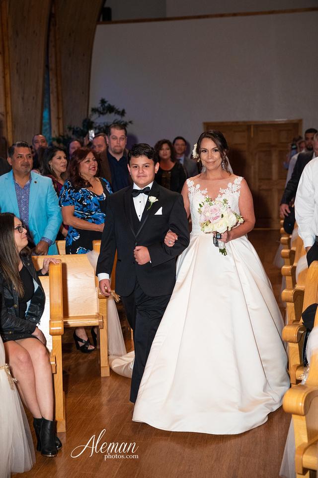 harmony-chapel-aubrey-denton-wedding-aleman-photos-jacob-lupita-024