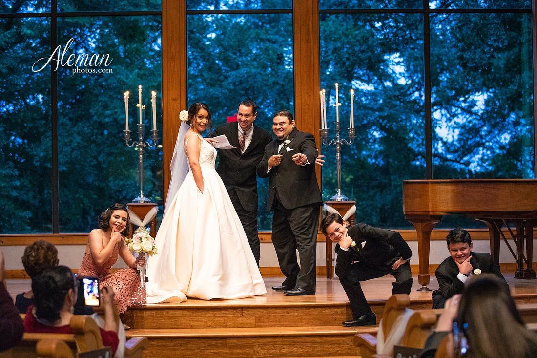harmony-chapel-aubrey-denton-wedding-aleman-photos-jacob-lupita-030