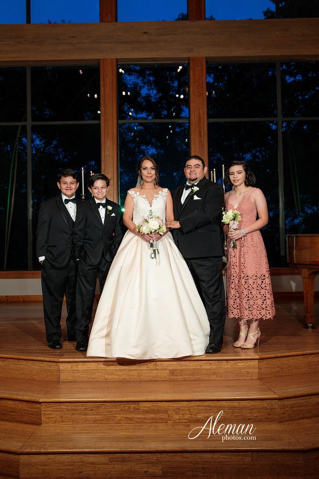 harmony-chapel-aubrey-denton-wedding-aleman-photos-jacob-lupita-035