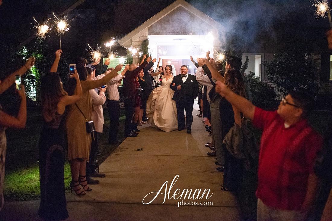 harmony-chapel-aubrey-denton-wedding-aleman-photos-jacob-lupita-054