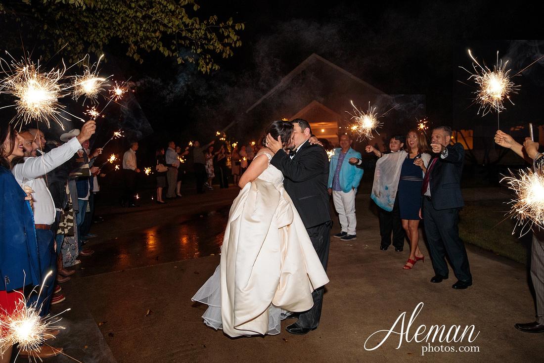 harmony-chapel-aubrey-denton-wedding-aleman-photos-jacob-lupita-055