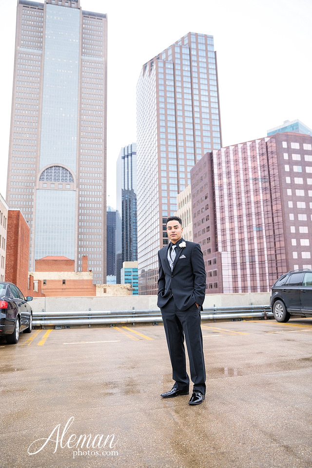downtown-dallas-wedding-room-on-main-city-urban-skyscraper-formal-black-bridesmaids-dresses-019