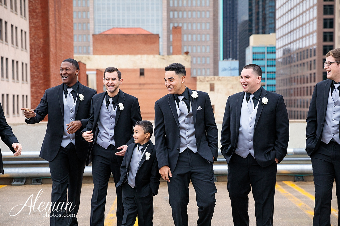 downtown-dallas-wedding-room-on-main-city-urban-skyscraper-formal-black-bridesmaids-dresses-023