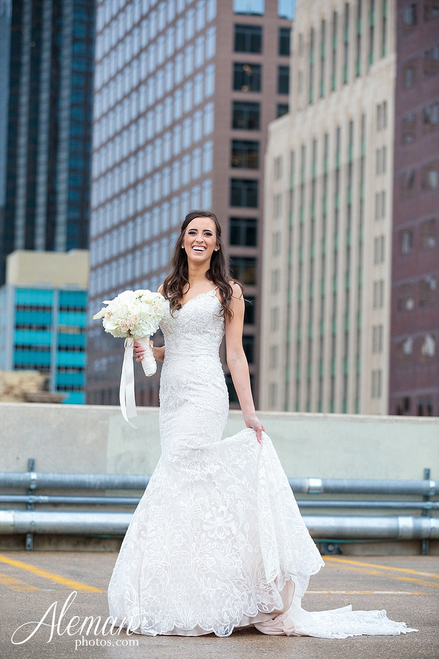 downtown-dallas-wedding-room-on-main-city-urban-skyscraper-formal-black-bridesmaids-dresses-031