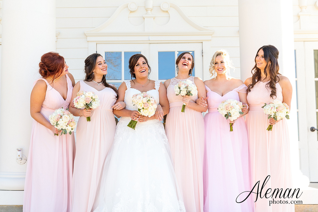 milestone-mansion-weddding-black-tie-tux-pink-bridesmaids-dresses-plantation-southern-aleman-photos-lindsey-029