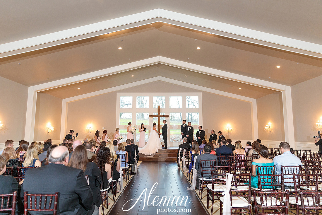 milestone-mansion-weddding-black-tie-tux-pink-bridesmaids-dresses-plantation-southern-aleman-photos-lindsey-052
