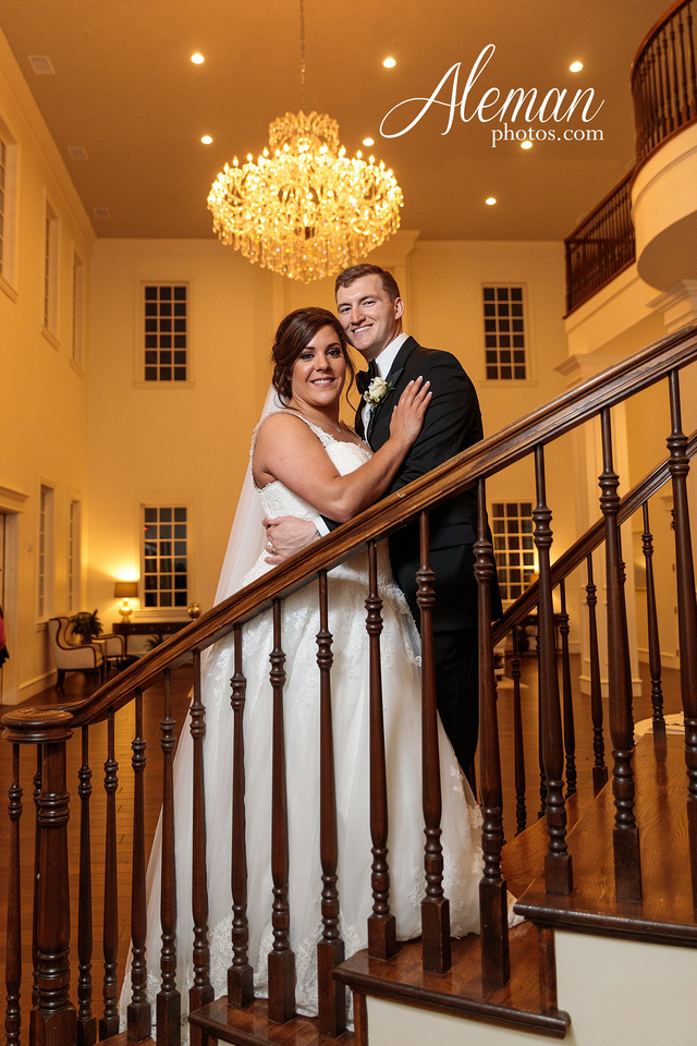 milestone-mansion-weddding-black-tie-tux-pink-bridesmaids-dresses-plantation-southern-aleman-photos-lindsey-060