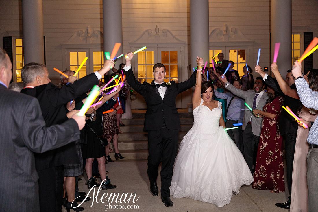 milestone-mansion-weddding-black-tie-tux-pink-bridesmaids-dresses-plantation-southern-aleman-photos-lindsey-081