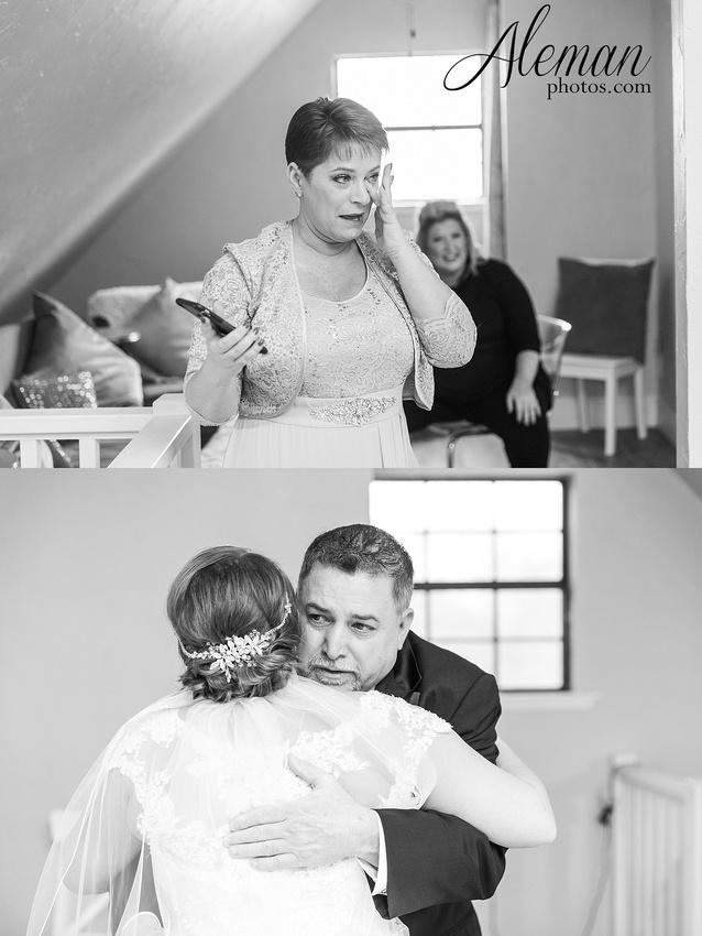 bear-creek-ranch-wedding-nevada-texas-teal-bridesmaid-dresses-red-vintage-truck-aleman-photos-taylor-010