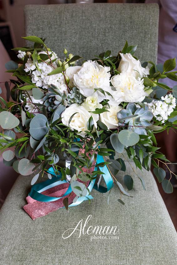 bear-creek-ranch-wedding-nevada-texas-teal-bridesmaid-dresses-red-vintage-truck-aleman-photos-taylor-012