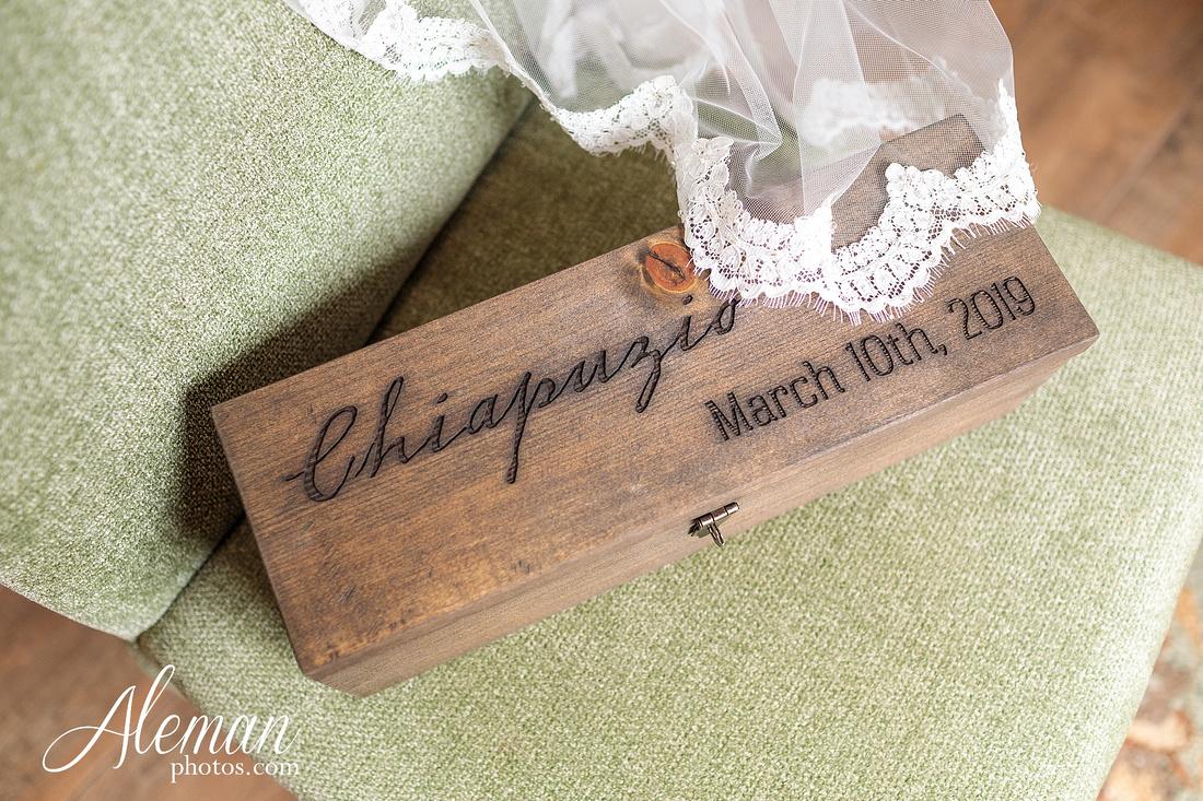 bear-creek-ranch-wedding-nevada-texas-teal-bridesmaid-dresses-red-vintage-truck-aleman-photos-taylor-034