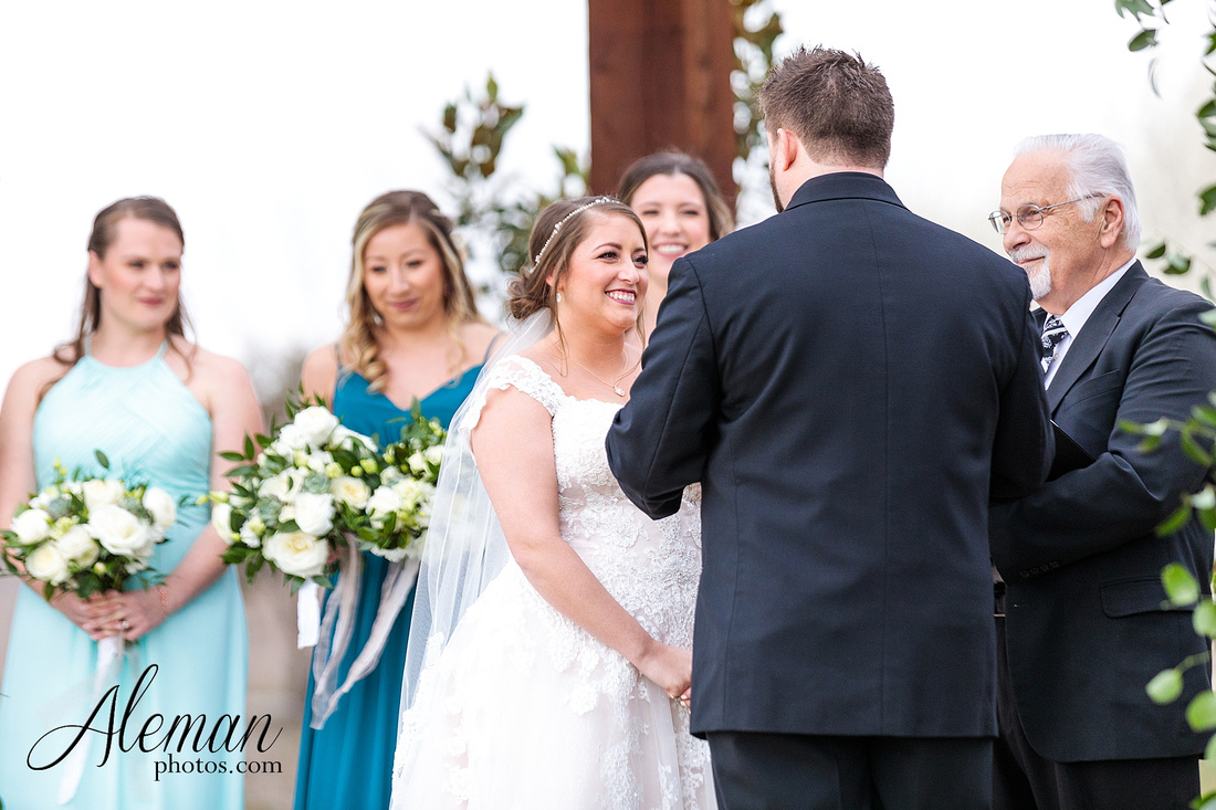 bear-creek-ranch-wedding-nevada-texas-teal-bridesmaid-dresses-red-vintage-truck-aleman-photos-taylor-042