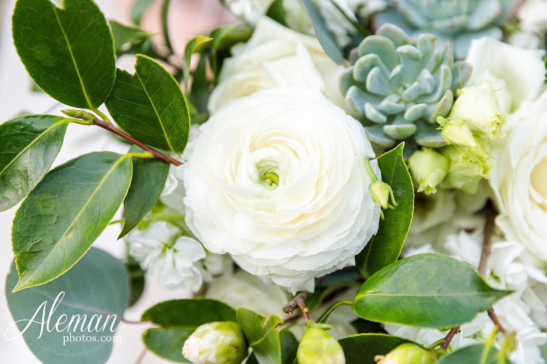 bear-creek-ranch-wedding-nevada-texas-teal-bridesmaid-dresses-red-vintage-truck-aleman-photos-taylor-056