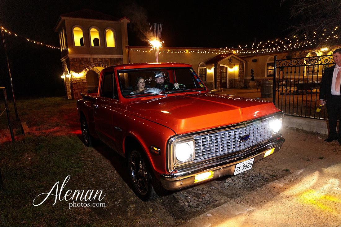 bear-creek-ranch-wedding-nevada-texas-teal-bridesmaid-dresses-red-vintage-truck-aleman-photos-taylor-086