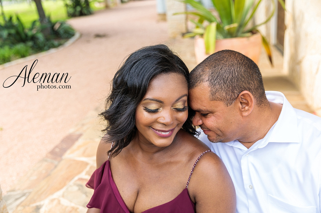 benbrook-horse-stable-engagement-black-love-wedding-aristide-summer-bright-colorful-sunny-aleman-photos-009