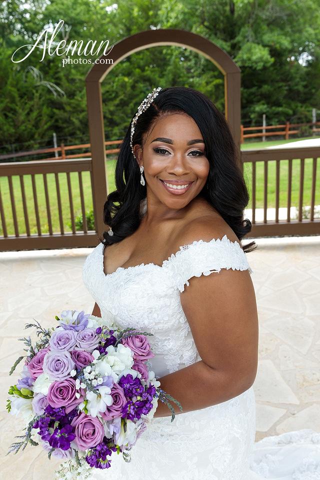 the-springs-anna-wedding-tuscany-hill-stone-hall-purple-family-omega-psi-phi-aleman-photos-027