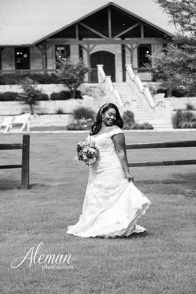 the-springs-anna-wedding-tuscany-hill-stone-hall-purple-family-omega-psi-phi-aleman-photos-029