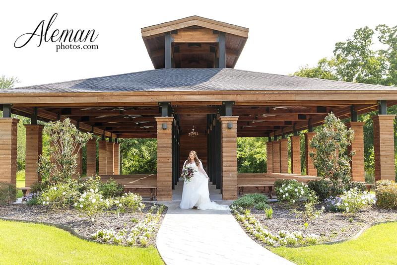 Denton Outdoor Ceremony Site: Morgan Creek Barn Bridal Session, Brooke's