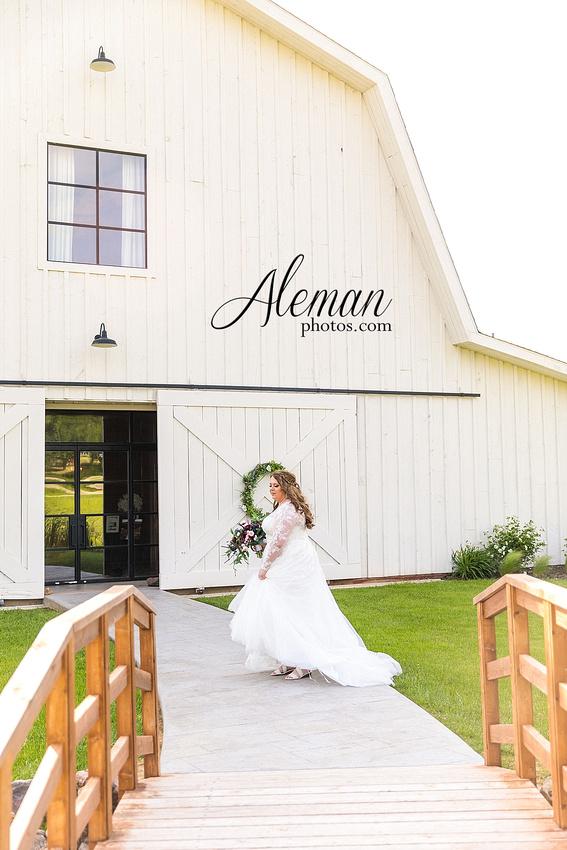 morgan-creek-barn-bridal-session-wedding-aubrey-denton-dallas-fort-worth-aleman-photos-outdoor-ceremony-blue-suits-texas-tech-maroon-converse-white-barn-brooke-michael-010