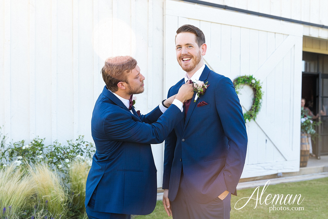 morgan-creek-barn-wedding-aubrey-denton-dallas-fort-worth-aleman-photos-outdoor-ceremony-blue-suits-texas-tech-maroon-converse-white-barn-brooke-michael-033
