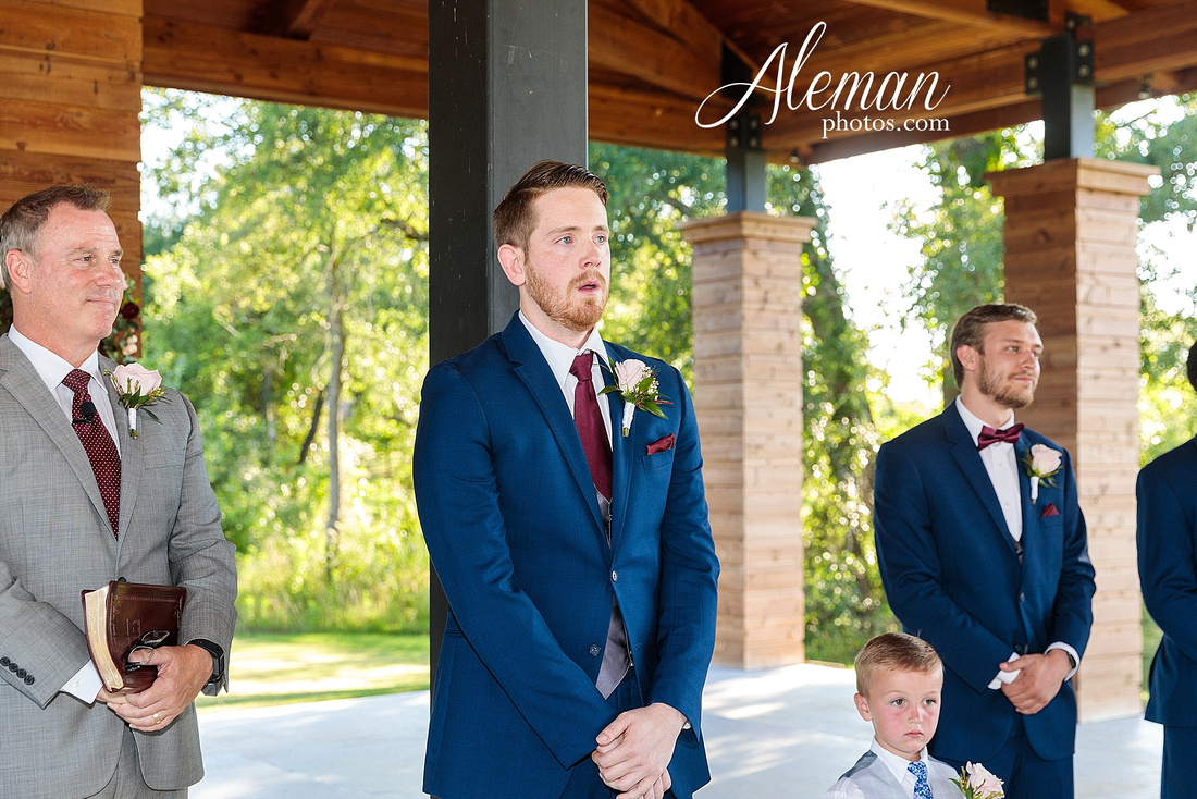 morgan-creek-barn-wedding-aubrey-denton-dallas-fort-worth-aleman-photos-outdoor-ceremony-blue-suits-texas-tech-maroon-converse-white-barn-brooke-michael-045