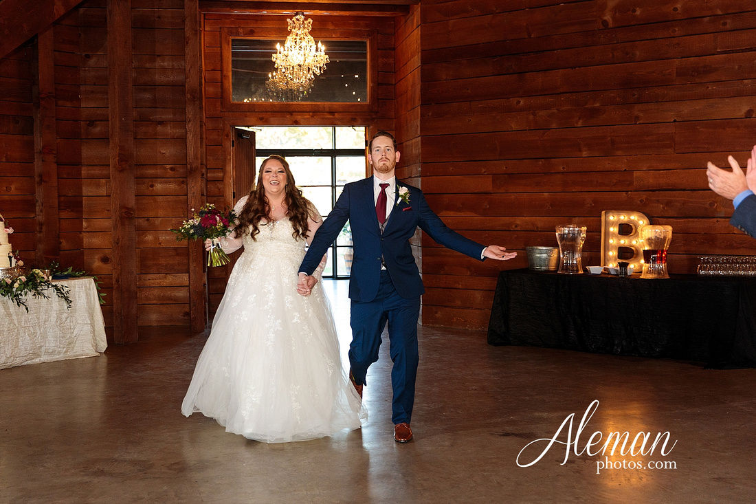 morgan-creek-barn-wedding-aubrey-denton-dallas-fort-worth-aleman-photos-outdoor-ceremony-blue-suits-texas-tech-maroon-converse-white-barn-brooke-michael-066