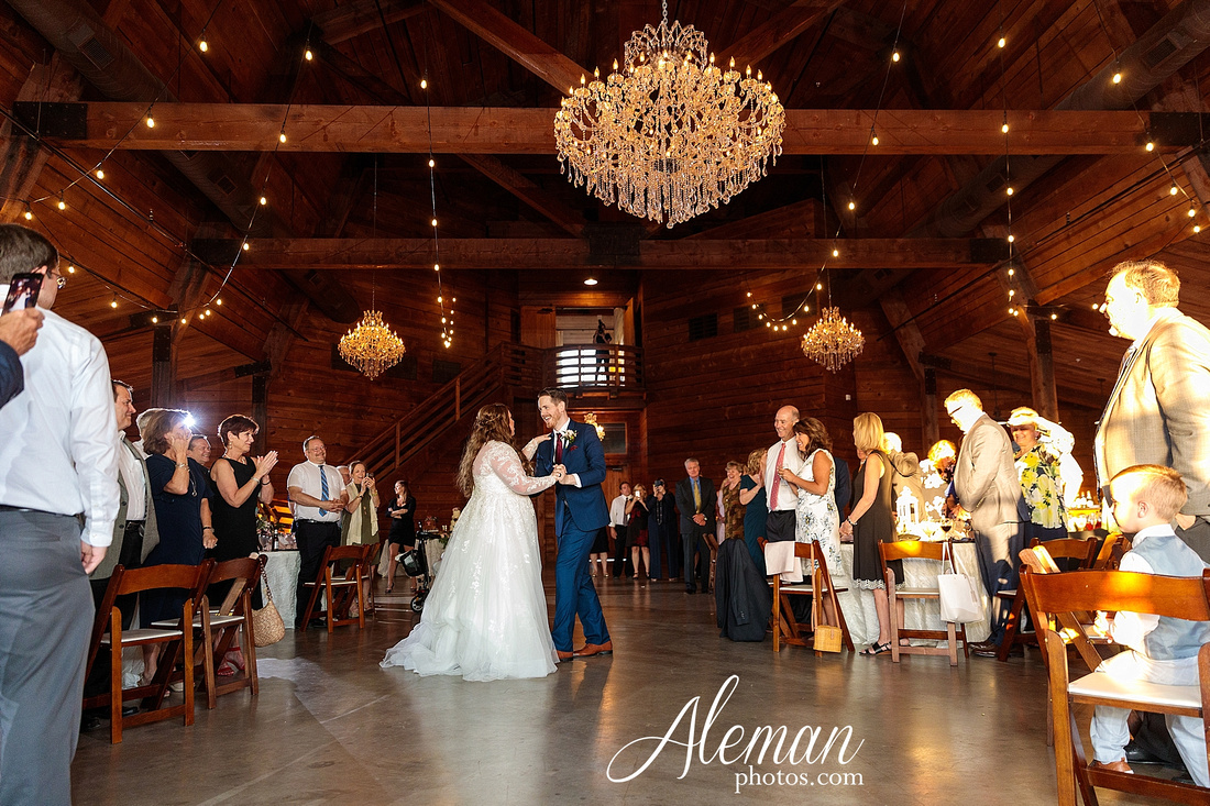 morgan-creek-barn-wedding-aubrey-denton-dallas-fort-worth-aleman-photos-outdoor-ceremony-blue-suits-texas-tech-maroon-converse-white-barn-brooke-michael-069