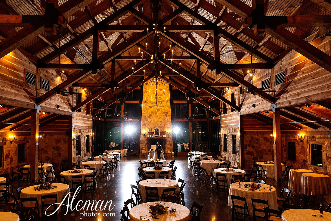 the-lodge-springs-aubrey-denton-north-texas-hill-country-fuschia-sangria-gold-bridesmaid-dresses-navy-groomsmen-suits-wedding-design-guest-list-events-aleman-photos-amanda-barry-001