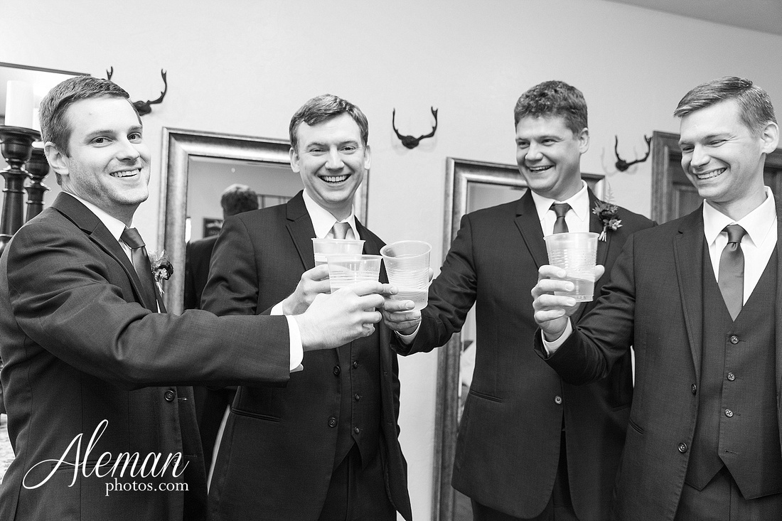 the-lodge-springs-aubrey-denton-north-texas-hill-country-fuschia-sangria-gold-bridesmaid-dresses-navy-groomsmen-suits-wedding-design-guest-list-events-aleman-photos-amanda-barry-022