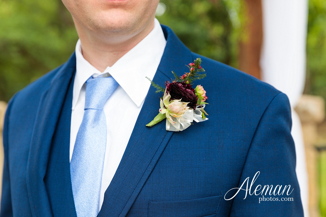 the-lodge-springs-aubrey-denton-north-texas-hill-country-fuschia-sangria-gold-bridesmaid-dresses-navy-groomsmen-suits-wedding-design-guest-list-events-aleman-photos-amanda-barry-037